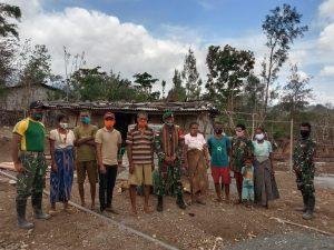 Satgas Yonarmed 6/3 Kostrad Rehab Rumah Warga Tidak Mampu di Perbatasan