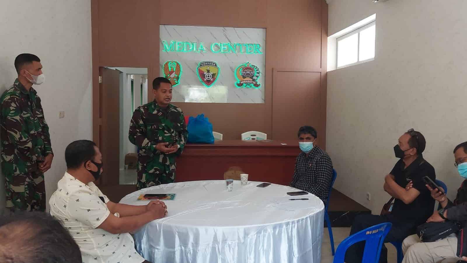 Kegiatan Jumat Berkah, Penrem 163/Wira Satya Jalin Sinergitas Dengan Awak Media