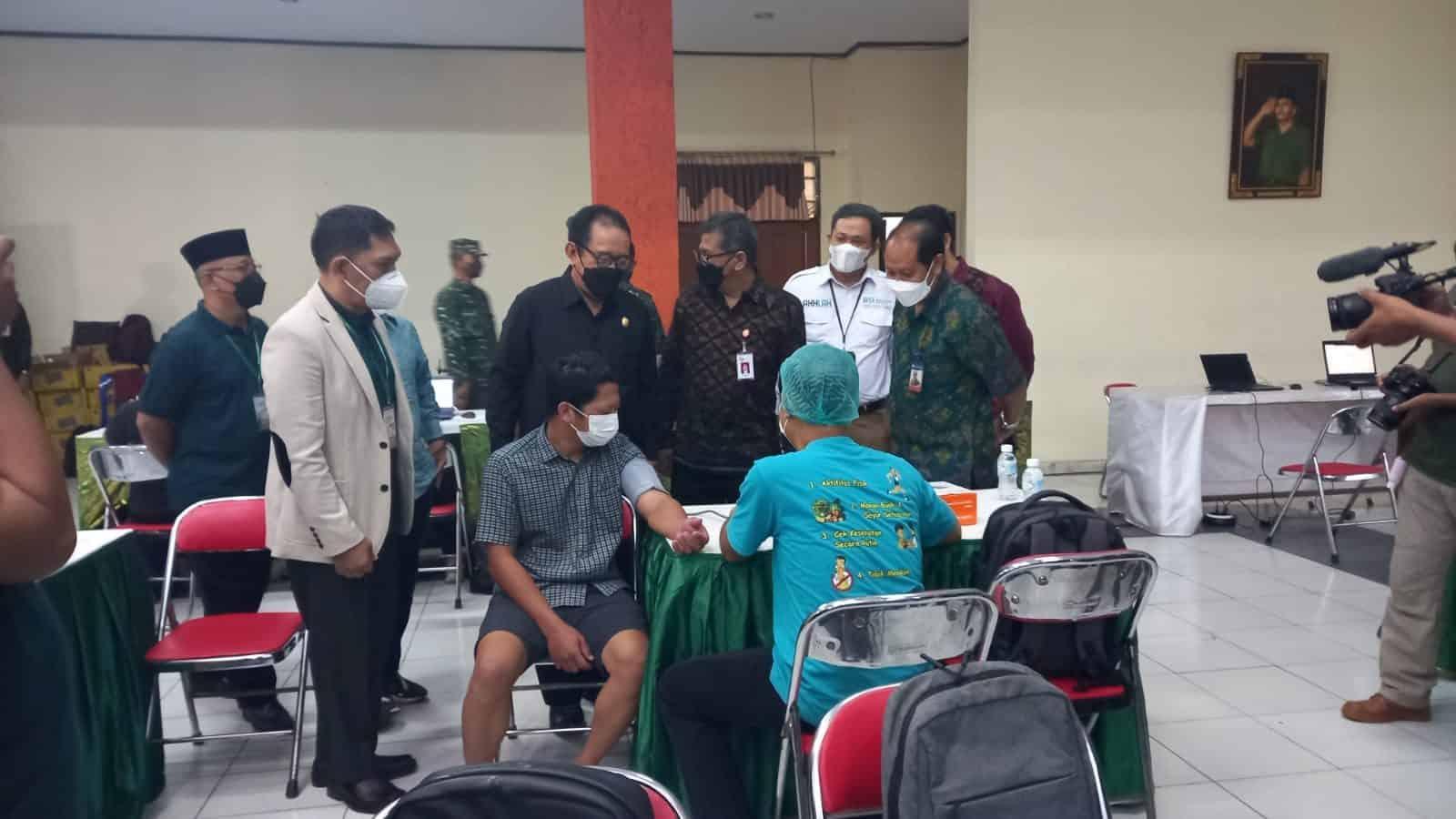 Vaksinasi Bali Sehat Targetkan 2000 Peserta