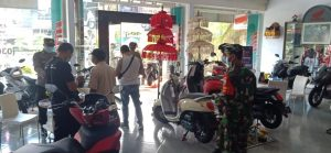 Patroli Tetap Intensif Dilakukan Jajaran Kodim 1617/Jembrana dan Instansi Terkait Pada PPKM Level 3