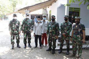Pa Sahli Kasad Tinjau Sasaran Karya Bakti TNI dan Bakti Sosial Dislitbangad di Kebumen