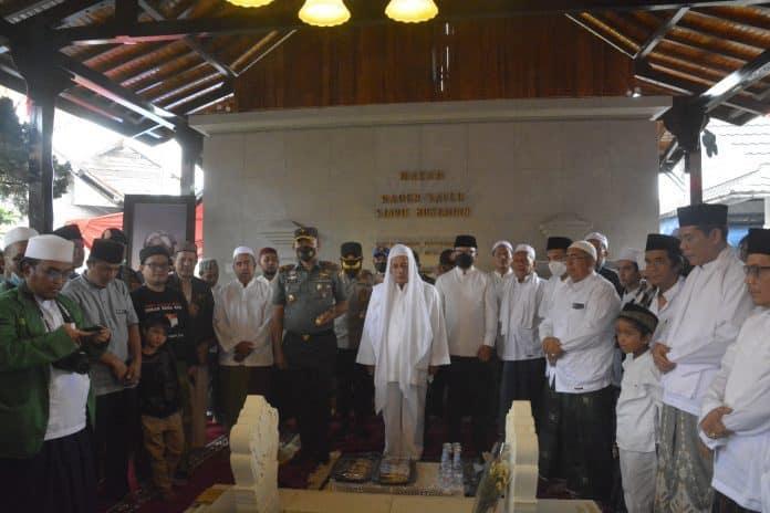 Siap Perkokoh Persatuan dan Kesatuan Bangsa, Danrem 061/SK Hadiri Peresmian Prasasti Joglo Raden Syarif Bustaman