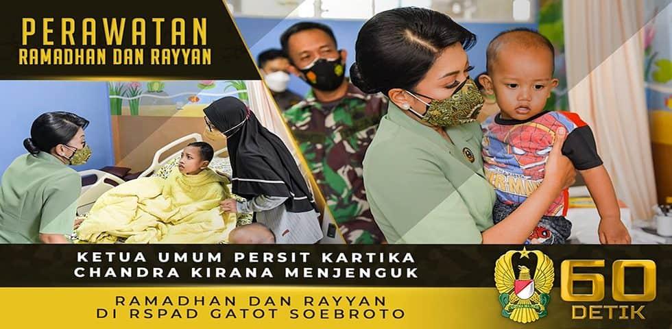 Ketua Umum Persit KCK Menjenguk Ramadhan dan Rayyan di RSPAD Gatot Soebroto