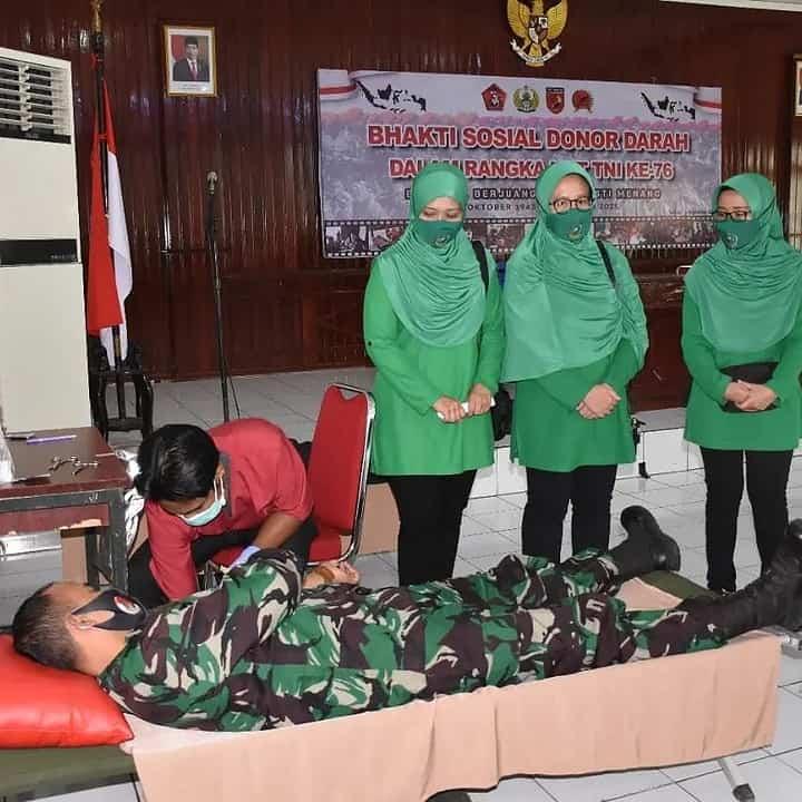 Korem 152/Baabullah Sambut HUT TNI ke-76 Dengan Menggelar Donor Darah