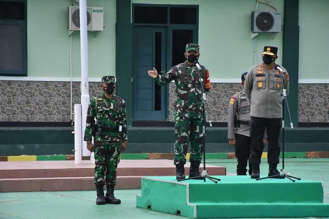 Pangdam XVIII/Kasuari dan Kapolda Papua Barat Pimpin Apel Gelar Pasukan Pengamanan Dalam Rangka Kunker Presiden Di Wilayah Sorong
