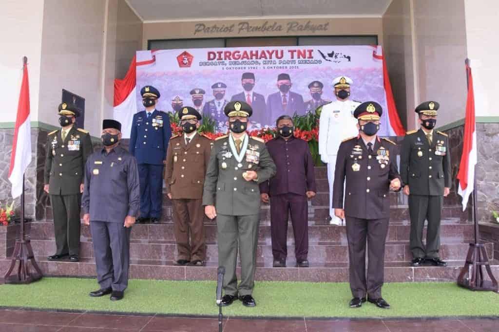 Kodam XVIII/Kasuari Gelar Acara Ramah Tamah dan Syukuran HUT TNI Ke-76 Tahun 2021