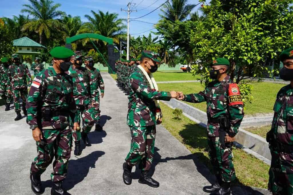 Pemeriksaan Kesiapan Operasi Yonif 126/KC Untuk Pamtas RI-PNG