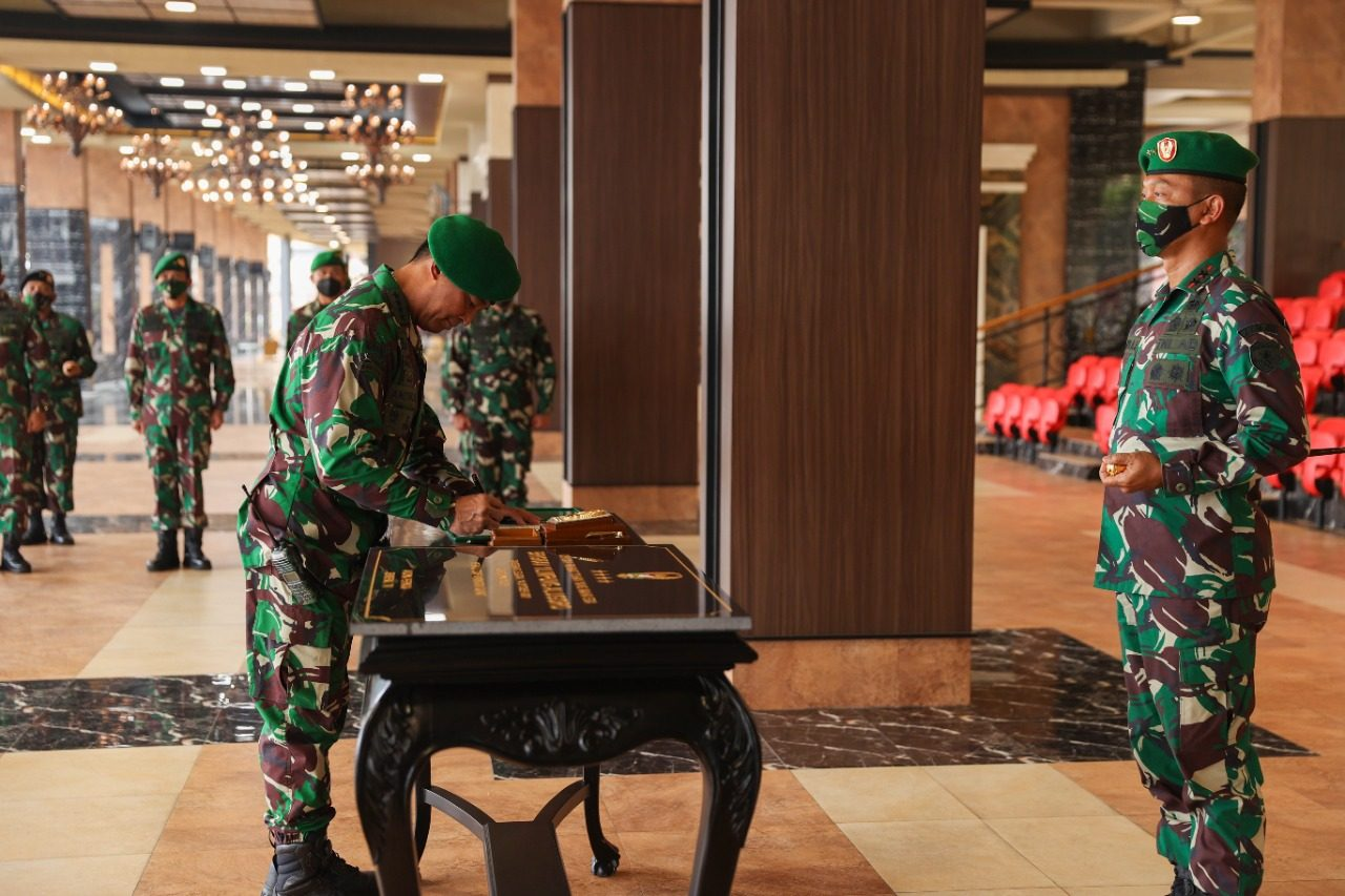 Kasad Resmikan Brigade Kavaleri 1/ Limpung Alugoro, Brigkav Pertama di Indonesia