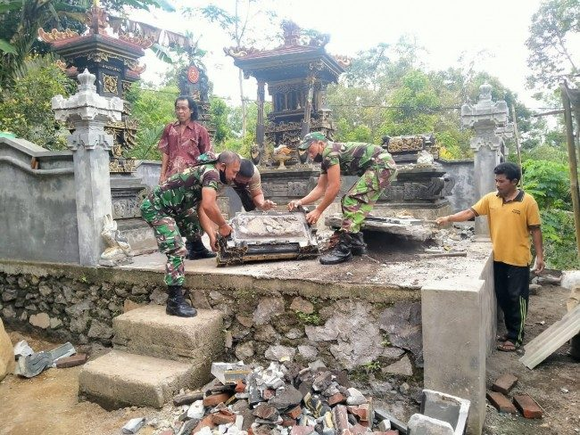 Gerak Cepat TNI Atasi Bencana Gempa di Bangli dan Karangasem