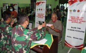 PKL dan Warung Terima Bantuan Tunai di Kodim Klaten
