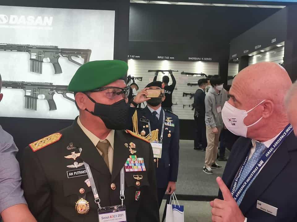 Dankodiklatad Menghadiri Internasional Aerospace & Defense Exhibition (ADEX 2021) di Seoul, Korea Selatan