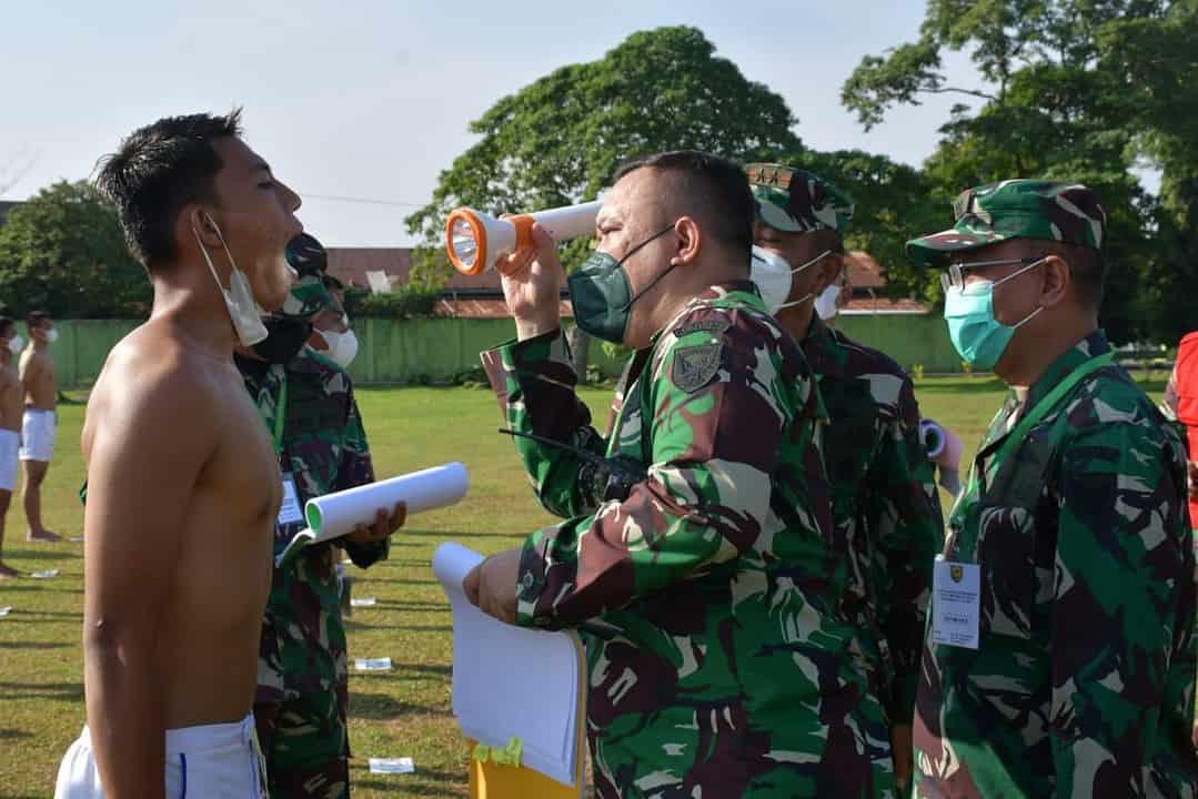 Pangdam II/Sriwijaya Pimpin Sidang Parade Calon Tamtama